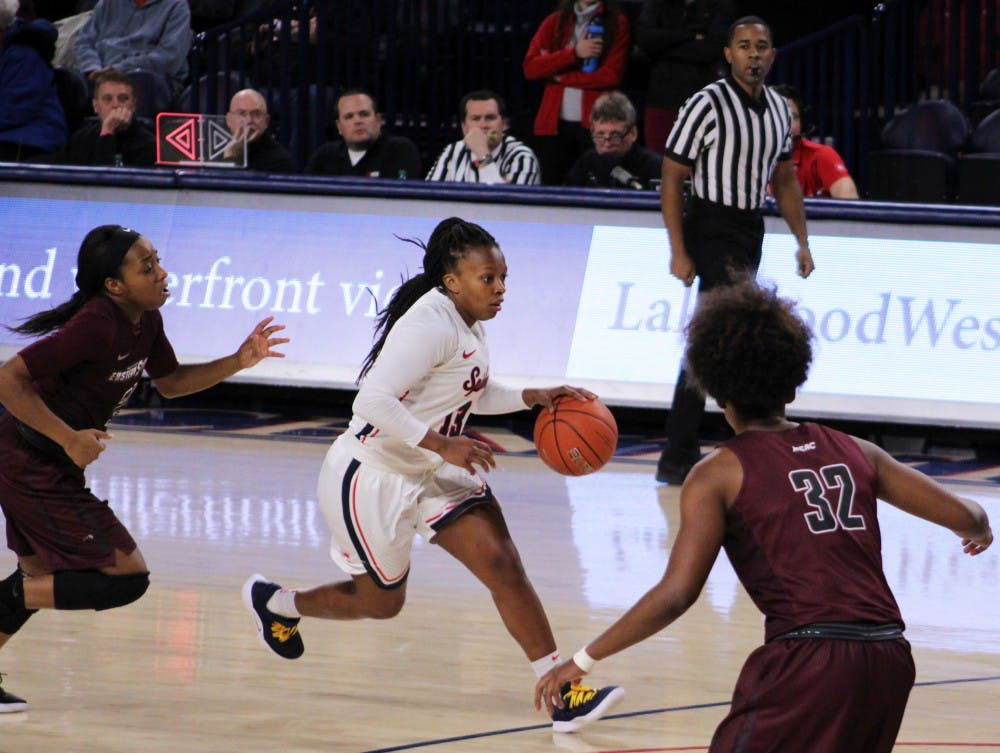 <p>Sophomore Alex Parson during the women's basketball game on Wednesday, Nov. 14. against the University of Maryland Eastern Shore&nbsp;</p>