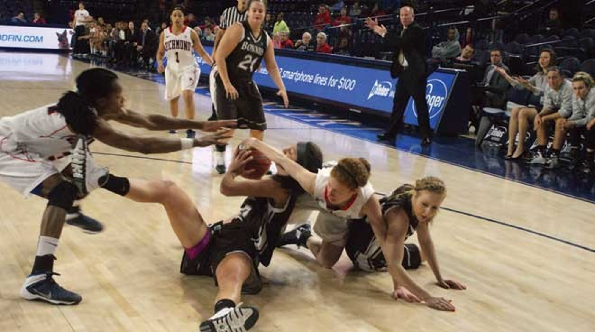 Womens-basketball-