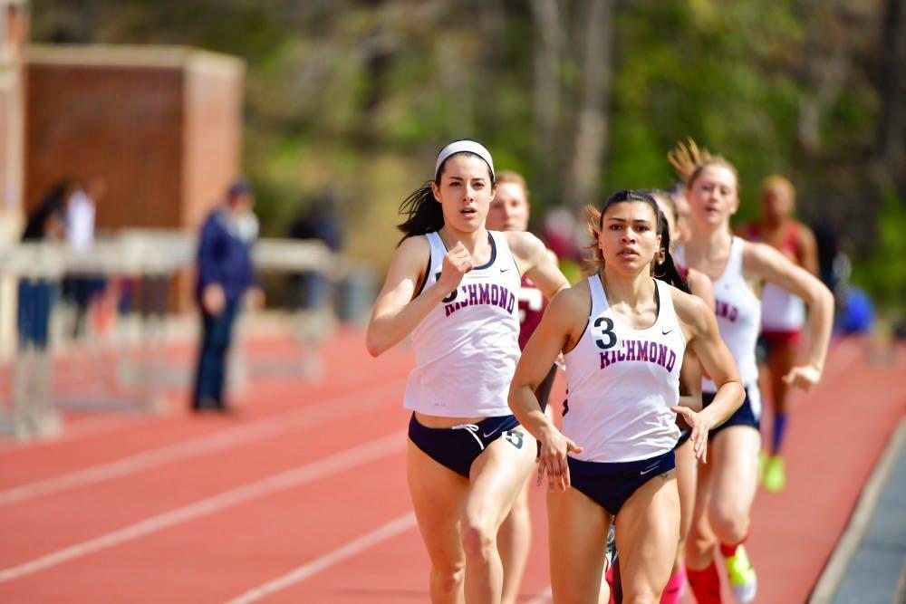 <p>Amanda Corbosiero (left)&nbsp;and Maria Acosta lead&nbsp;the 1,500m at the Fred Hardy Invitational. Photo courtesy of Richmond Athletics.&nbsp;</p>