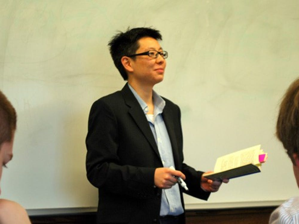 Prof. Loo teaching her CORE class at Weinstein 303.