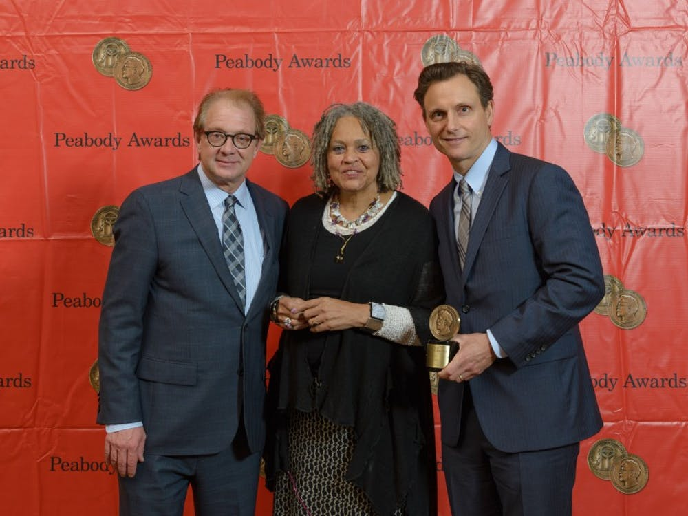 Jeff Perry and Tony Goldwyn with Charlayne Hunter-Gault at the 73rd Peabody awards. Photo courtesy of Wikimedia Commons.