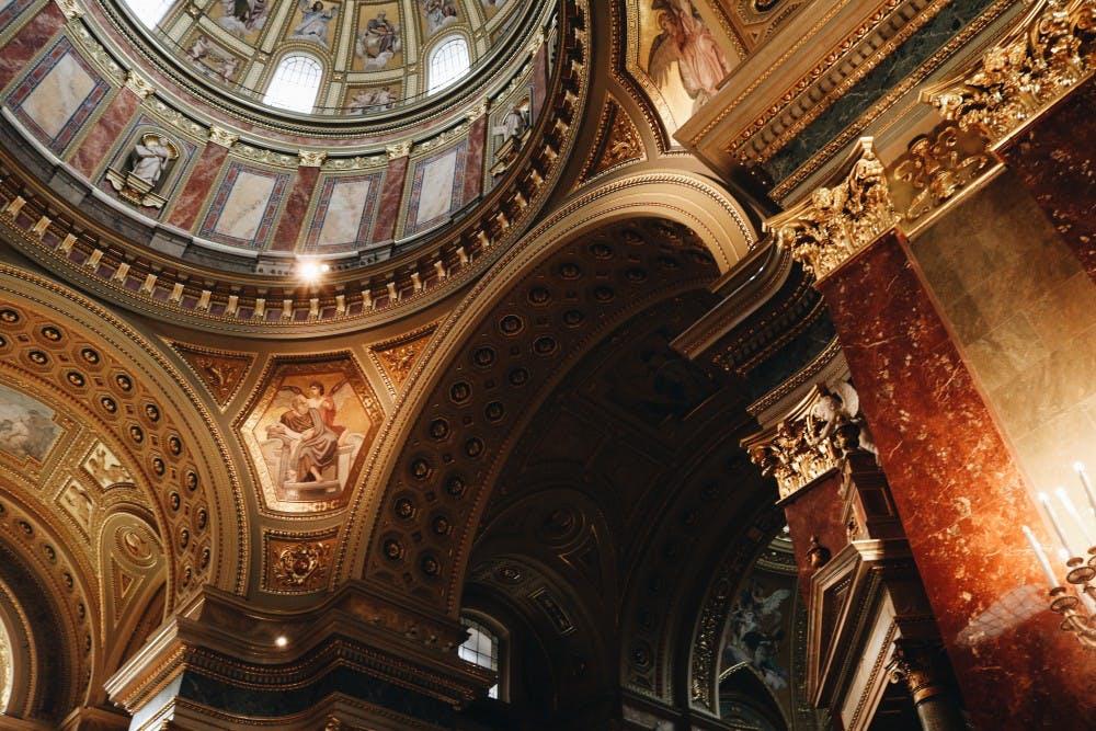 inside basilica budapest
