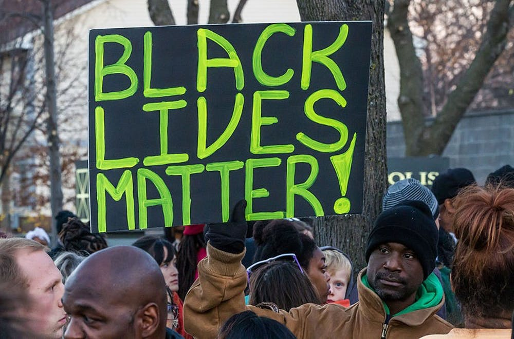 black_lives_matter_sign__minneapolis_protest_22632545857
