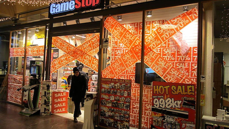 800px-GameStop_Umea