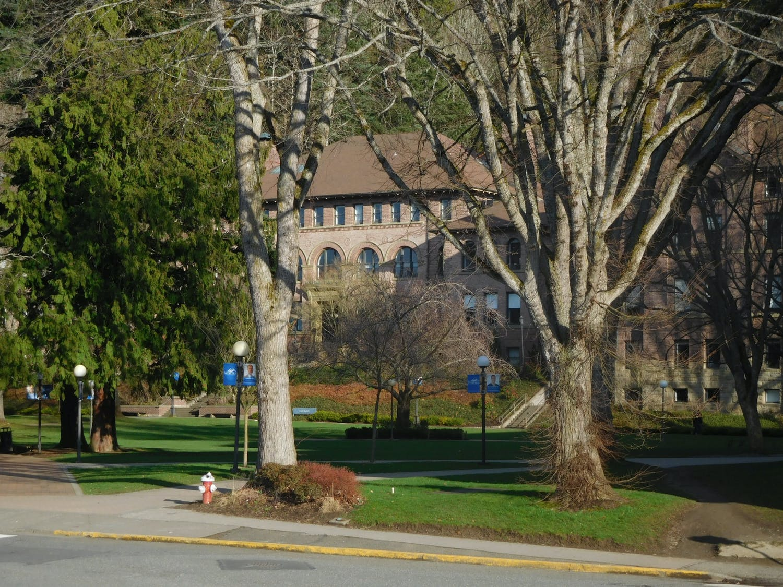 WWU Students take over 4 years to graduate.jpg
