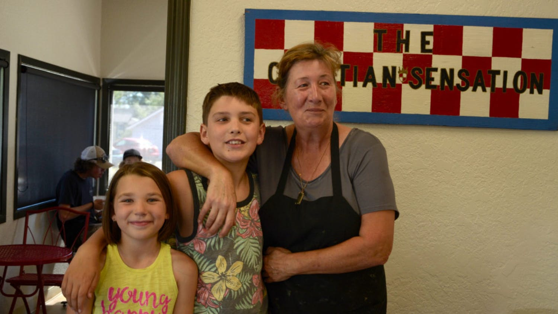 Croatian-family-edit-scaled