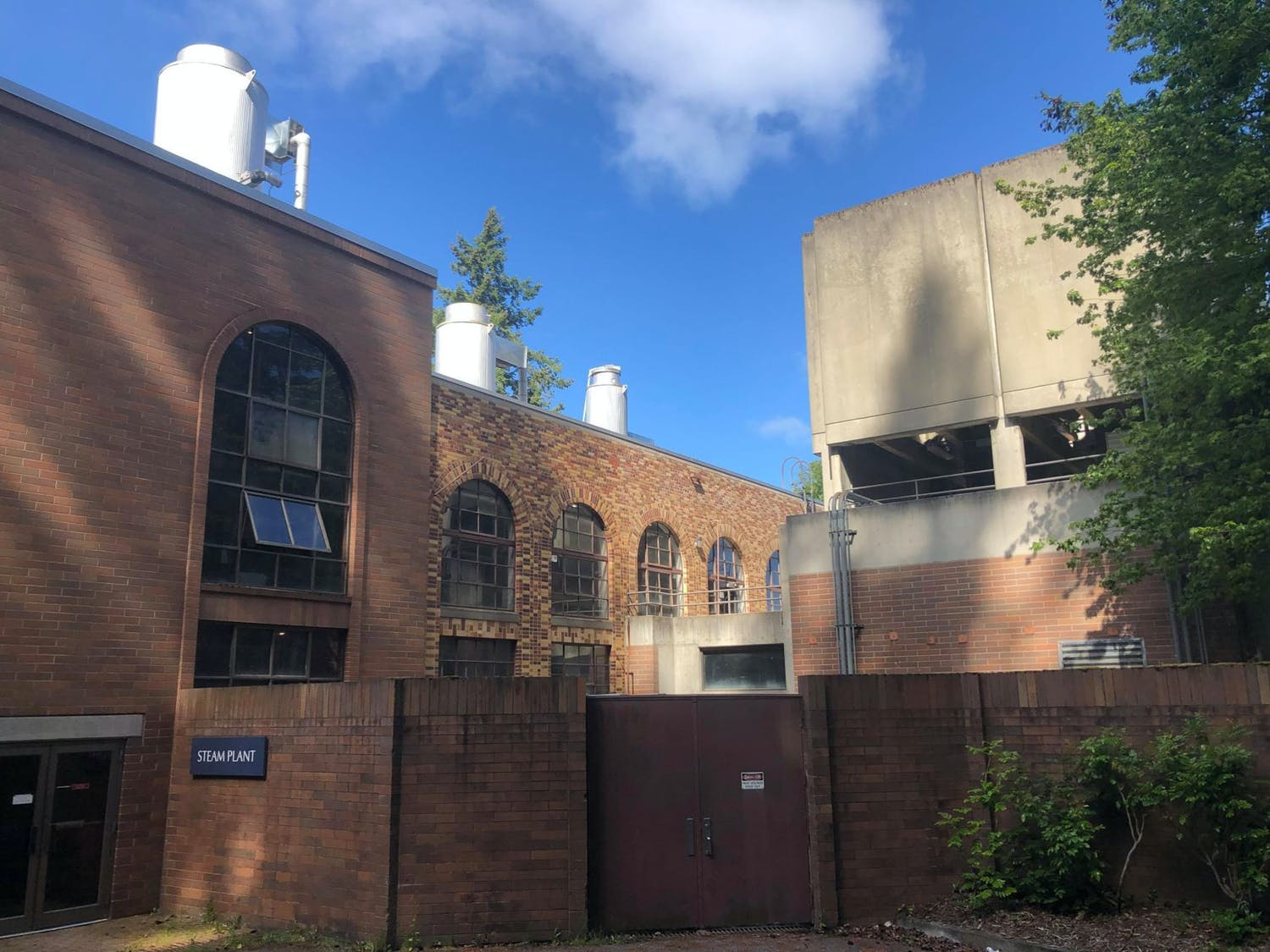 The Steam Plant provides heat on Western Washington University's campus by burning natural gas to boil water. A feasibility study has been funded to explore ways to make the steam plant more efficient and less dependent on fossil fuels. // Photo by Jacob O'Donnell
